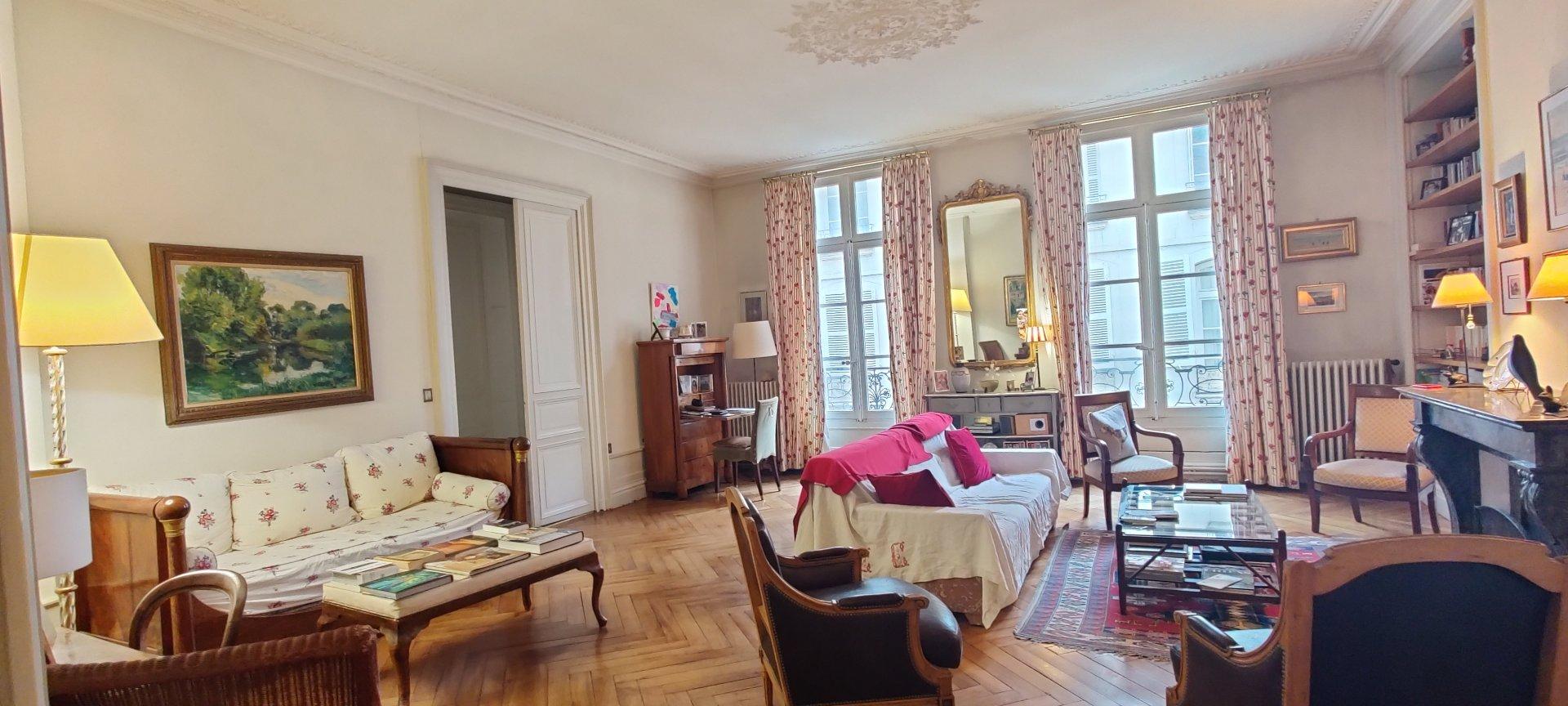 Appartement de charme - Secteur Théatre
